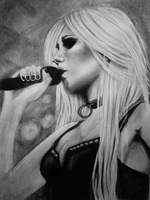 Taylor Momsen live by DeadlyAngel-Drawings