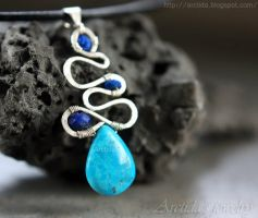 *Galene* Turquoise and Lapis lazuli necklace by Arctida