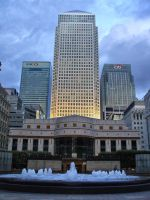 Canary Wharf by ChrisUnger