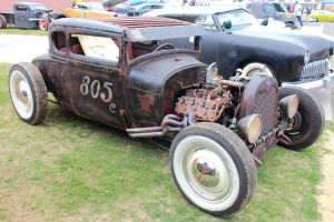 29 Ford at Rod by DrivenByChaos