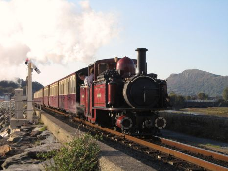Ffestiniog Railway: David Lloyd George on the Cob by DaveOnTheRails