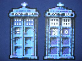 The TARDIS - Doctor Who by PerlerPixelPals