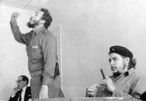 Fidel Castro and Che Guevara by che-guevaraCLUB