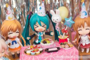 Miku's Party by kixkillradio