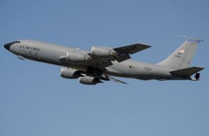 Boeing KC-135 Takeoff by shelbs2