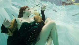 Underwater photo shoot 6 by RynalinOnyx