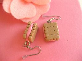 Mini Biscuit Earrings II by sunnyxshine