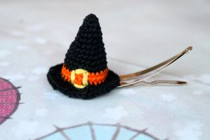 Crocheted Miniature Amigurumi Halloween Witch Hat by SkySinger92