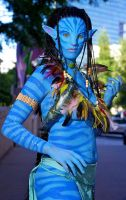 Neytiri outside of DragonCon by maxwellcave