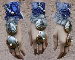 Mermaid cuff by Pinkabsinthe