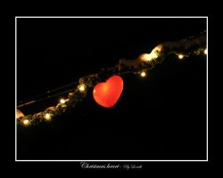 Christmas heart by lexidh