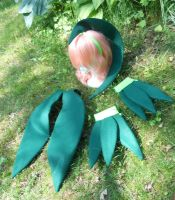 Grovyle headpiece tail and gauntlets by Hop-is-my-Hero