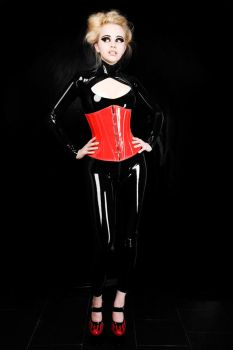 LateX PerFFectioN 2 by leneoutinen
