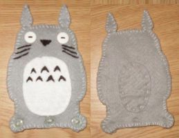 Totoro iPhone Case by Cezlan