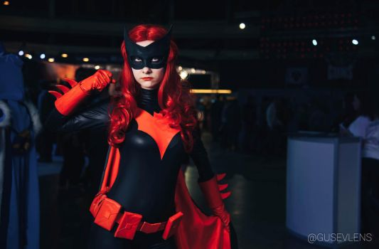 Batwoman cosplay, AVA EXPO 2016 by Shiera13