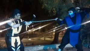 Scorpion and Sub Zero cosplays by Lucky-JJ