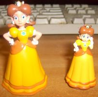 Another Daisy Figurine by MarioBlade64