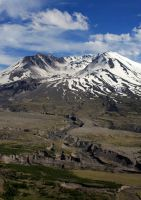 Mt. St. Helens by BlitheBassoon