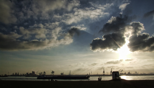 IMG 44 - Rotterdam's harbor by TwiCeArts