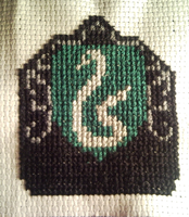 Slytherin crest cross stitch by WhispMI21