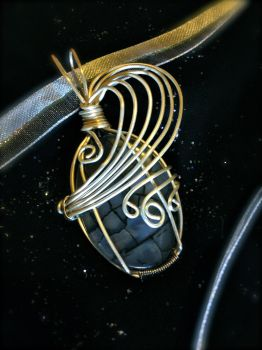Wire wrapping attempt 2 by shinobitokobot