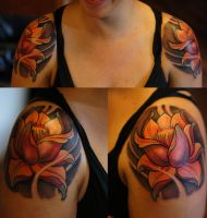 Shoulder Flowers by strangeris