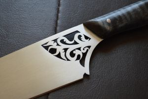 NHOCO Auction Knife - Piercework Close-up by CuSmith