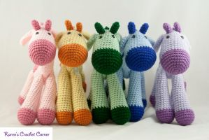 A parade of giraffes! by karenscrochetcorner