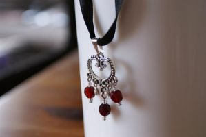 pendant: vampire princess by Margotka