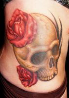skull and roses by bjsxiii