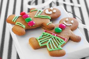 gingerbread men. by iheartgeorgesampson