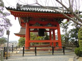 Kiyomizu-dera bell by thecomingwinter