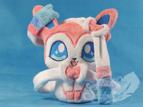 Sylveon Beanie by FeatherStitched