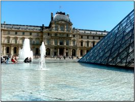 Le Louvre by ShlomitMessica