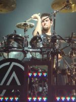 Linkin Park : Rob Bourdon by lolzcamera