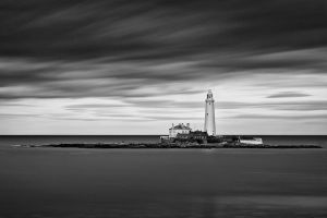 St Mary's Lighthouse by munchonu