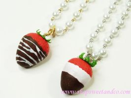 Strawberry Pearl Necklace by SweetandCo