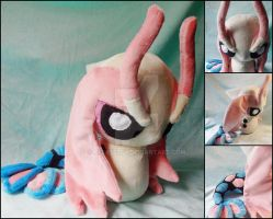 Large Milotic Pokedoll by nightelfy