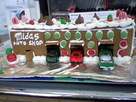 Garage Gingerbread house 1 by SubwaymasterMegumi