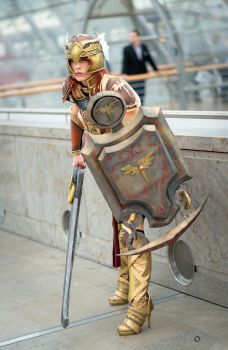 Valkyrie Leona Cosplay: Ready to fight by MomoeHamaguchi