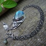 Labradorite and Silver Leaves Bracelet by RadeckaArt