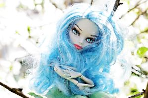Ghoulia V by RoxanneStein