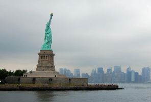 Statue of Liberty by purplelavalamp