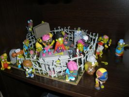 Zombiezz in Graveyard playset by Bj-Lydia