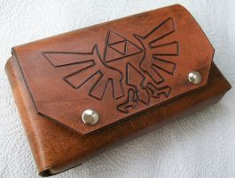 Zelda Triforce New Nintendo 3DS Leather Case by DungeonsnDecorations