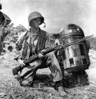 World War R2D2 by Thwartted