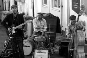 G92 2353bw Backstreet Buskers by Partists