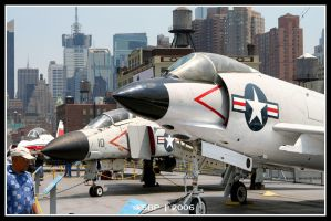 The Intrepid Aerospace Museum by Strahan-Bad