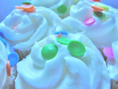 Mini Cupcakes 1 by cavygirl