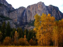 Fall colors at Yosemite Falls by Geotripper